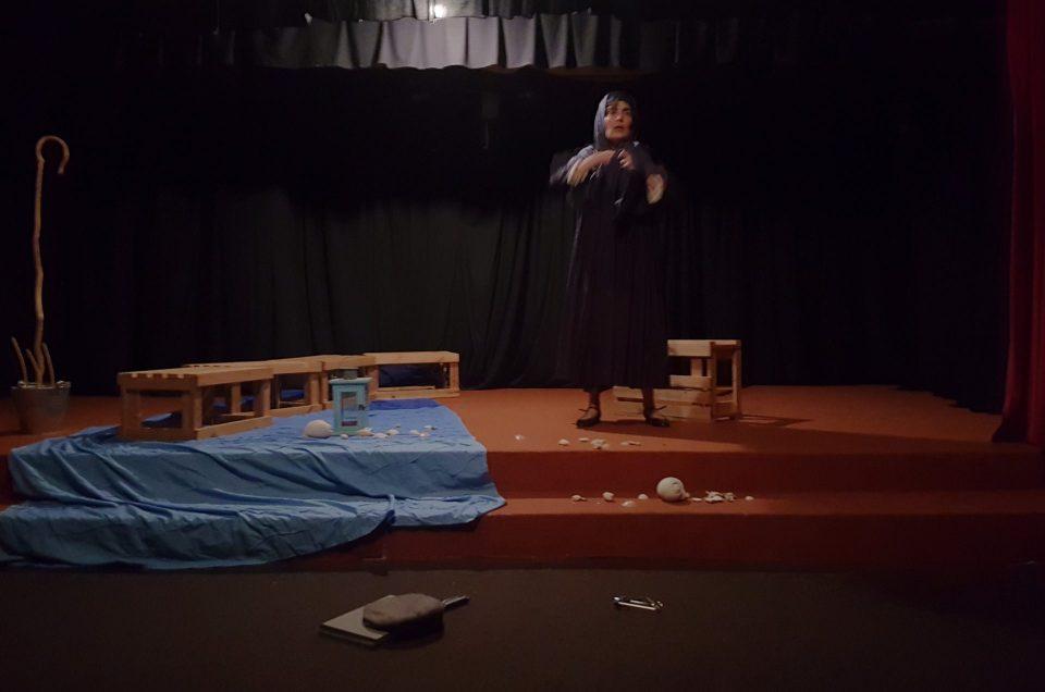 """Η Παράσταση """"Μυστήριον Ξένον"""" στο θέατρο του σχολείου μας!"""